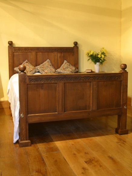 17th Century reproduction oak beds